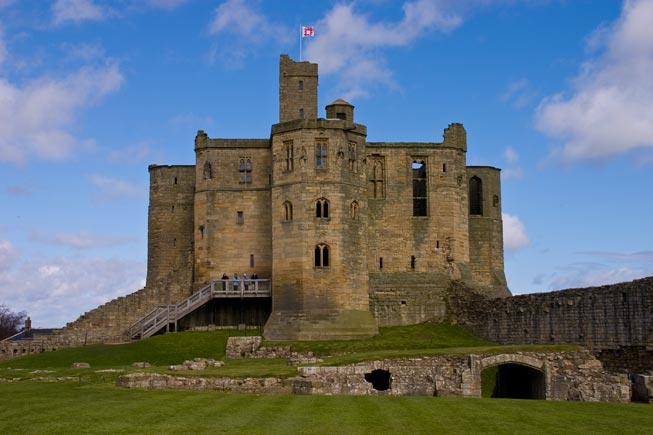 Warkworth Castle, Northumberland - photography by Steve ...